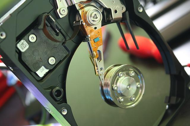 Naprawa dysków twardych i dysków USB